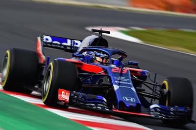 Toro Rosso STR13 car