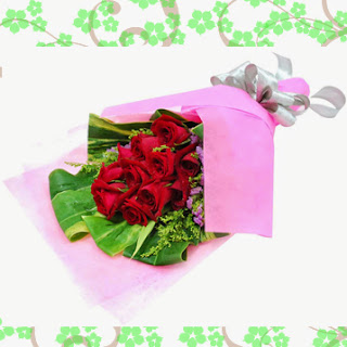 toko bunga cibubur menjual hand buket mawar merah