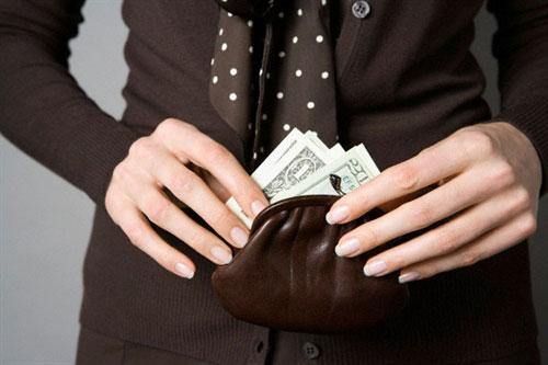 Phụ nữ và tiền bạc