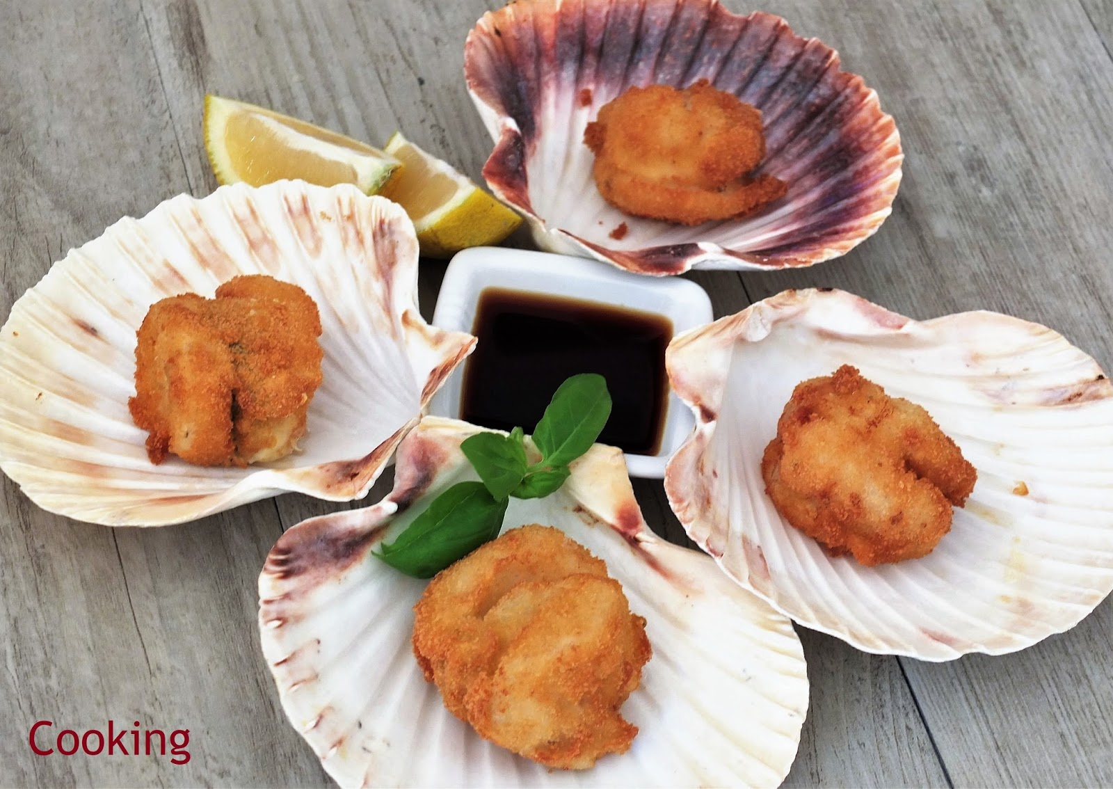 Scallops with mozzarella and ponzu sauce a recipe for fried scallops with mozzarella and basil from the book japanese cuisine with harumi harumi kurihara is the best known author of japanese fandeluxe Choice Image