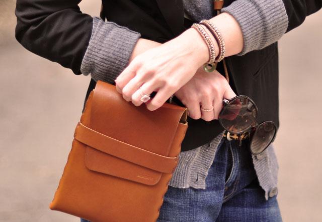cognac and black, crossbody billy kirk bag, details