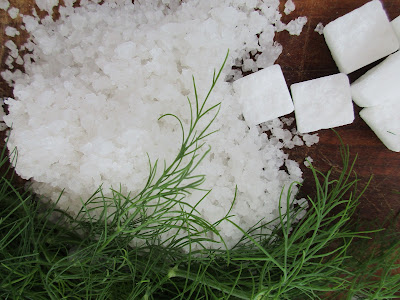 sea salt and sugar, merisuolaa ja sokeria