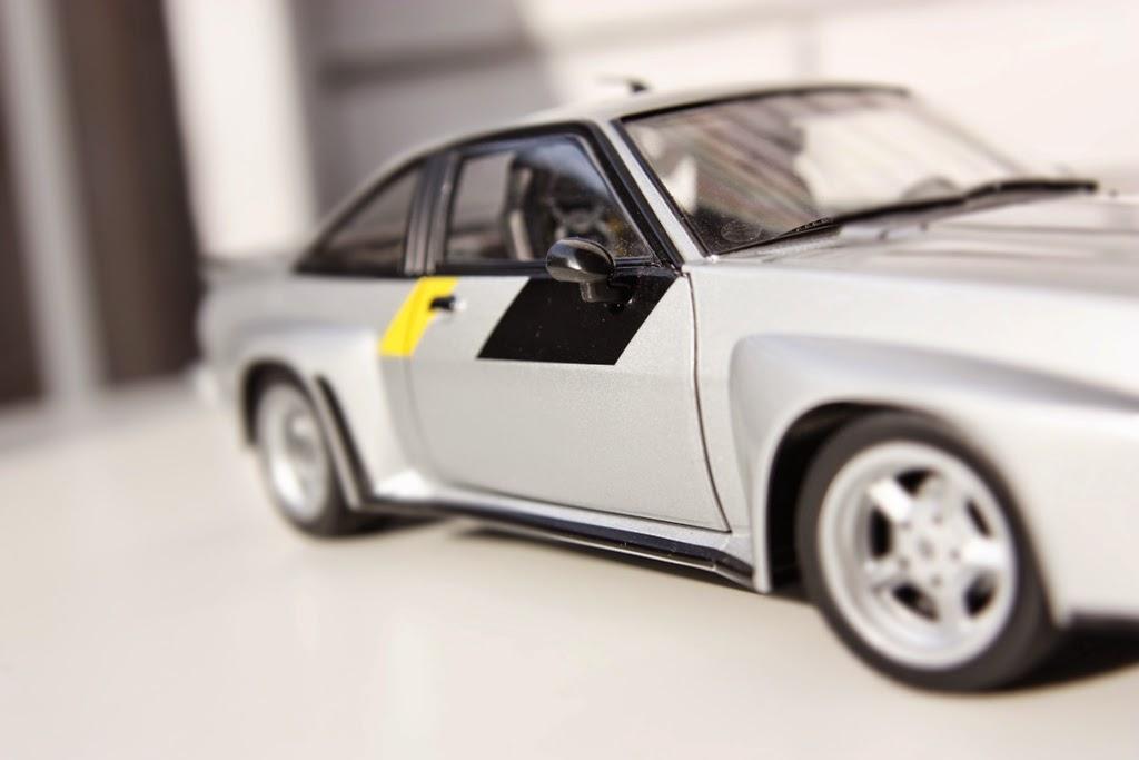 1/18 Revell Opel Manta 400