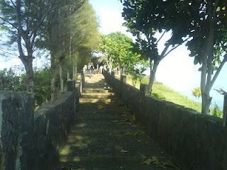 Tembok Miniatur Cina di Lembah Purti