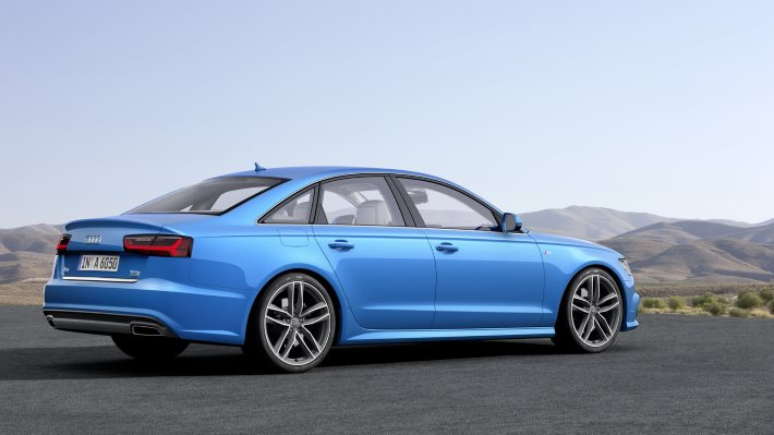 Wallpaper: Audi A6 side view
