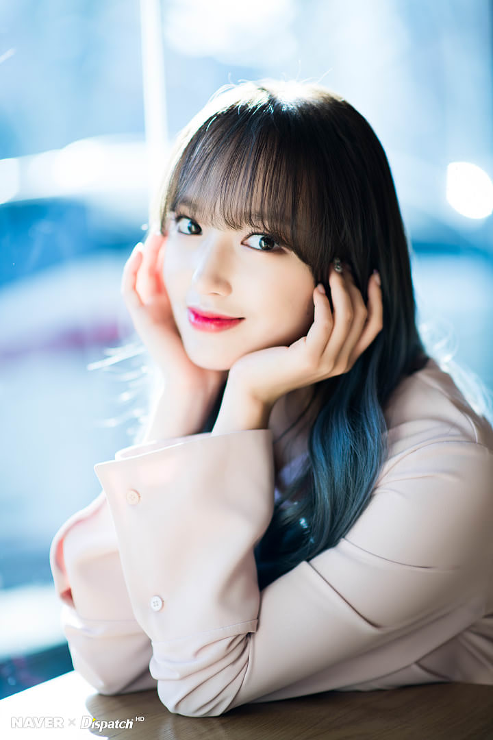 Wjsn Cheng Xiao Showcases Her Flexibility New Hair Color