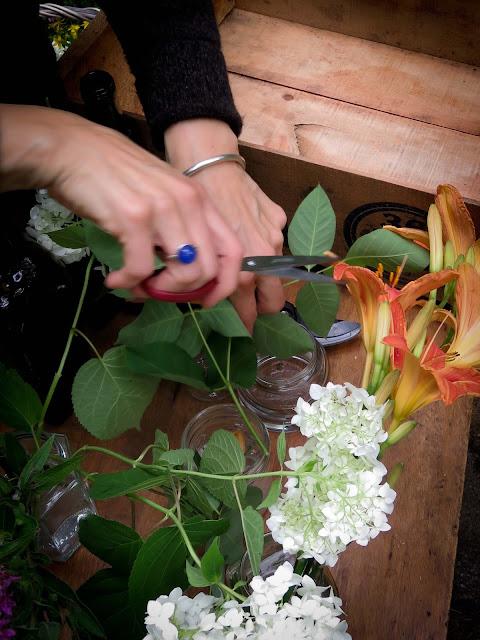 couper,préparer,des,fleurs,bouquet,faire,compositions,photo-emmanuelle-ricard