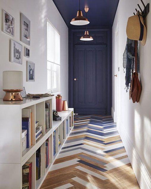 couloir plafond bleu