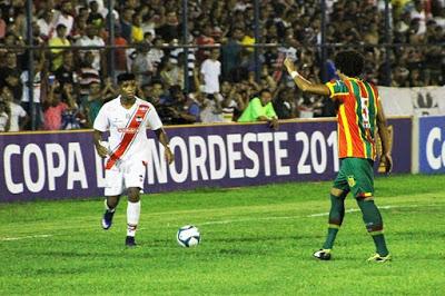 Ríver vence Sampaio e dá bom salto para classificação na Copa do Nordeste.