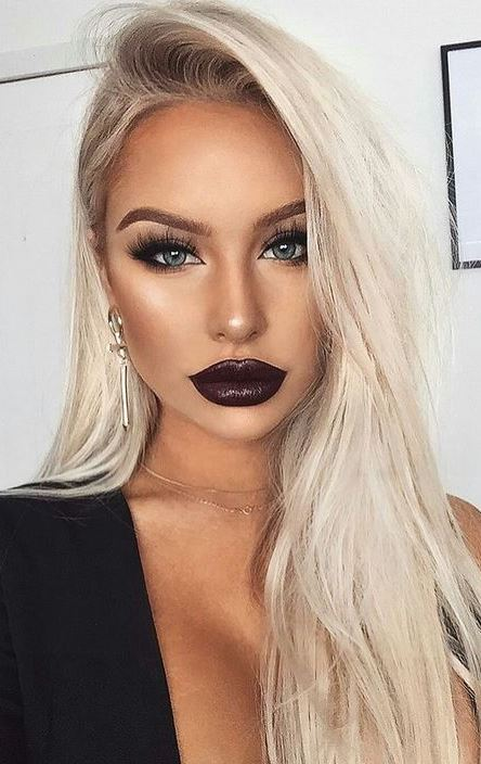 trend this season - makeup with a dark lipstick