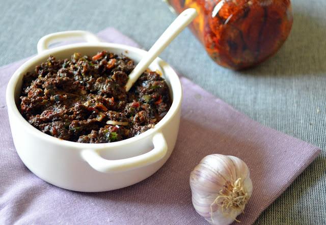pasta+z+pomidorow1 Tapenada z oliwek i suszonych pomidorów
