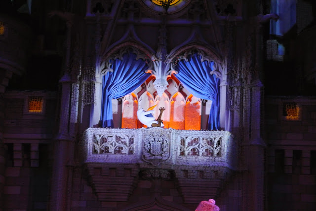 Olaf, Frozen, Christmas show