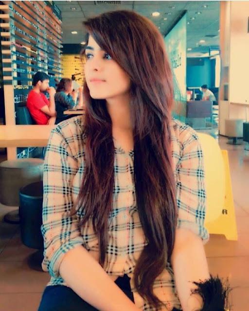 Pretty Girls #9 Emotional Shayari