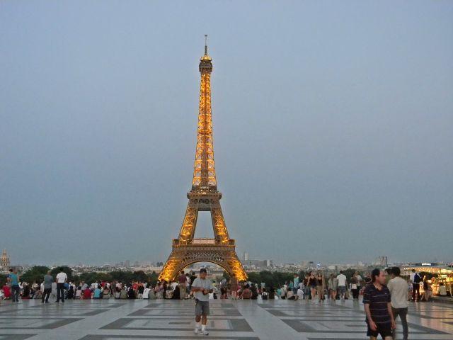 paryska przygoda, wieża Eiffla, atrakcje Paryża