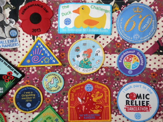 Collections, rainbow guide badges. secondhandsusie.blogspot.com #girlguiding #guiding #badges #rainbowguides #rainbowguidebadges #guidingbadges #patches