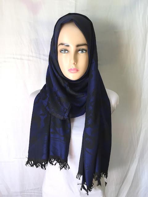Jilbab Pashmina Katun Minyak Bunga Dogker