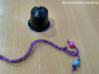 campanas-navidad-con-capsulas-cafe-y-abalorios