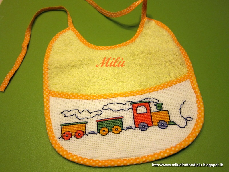 Favoloso Milù, di tutto e di più!: Bavaglini a punto croce DM51