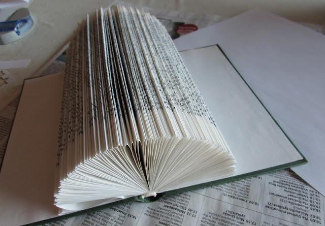 korttiltelinekirjasta.jpg