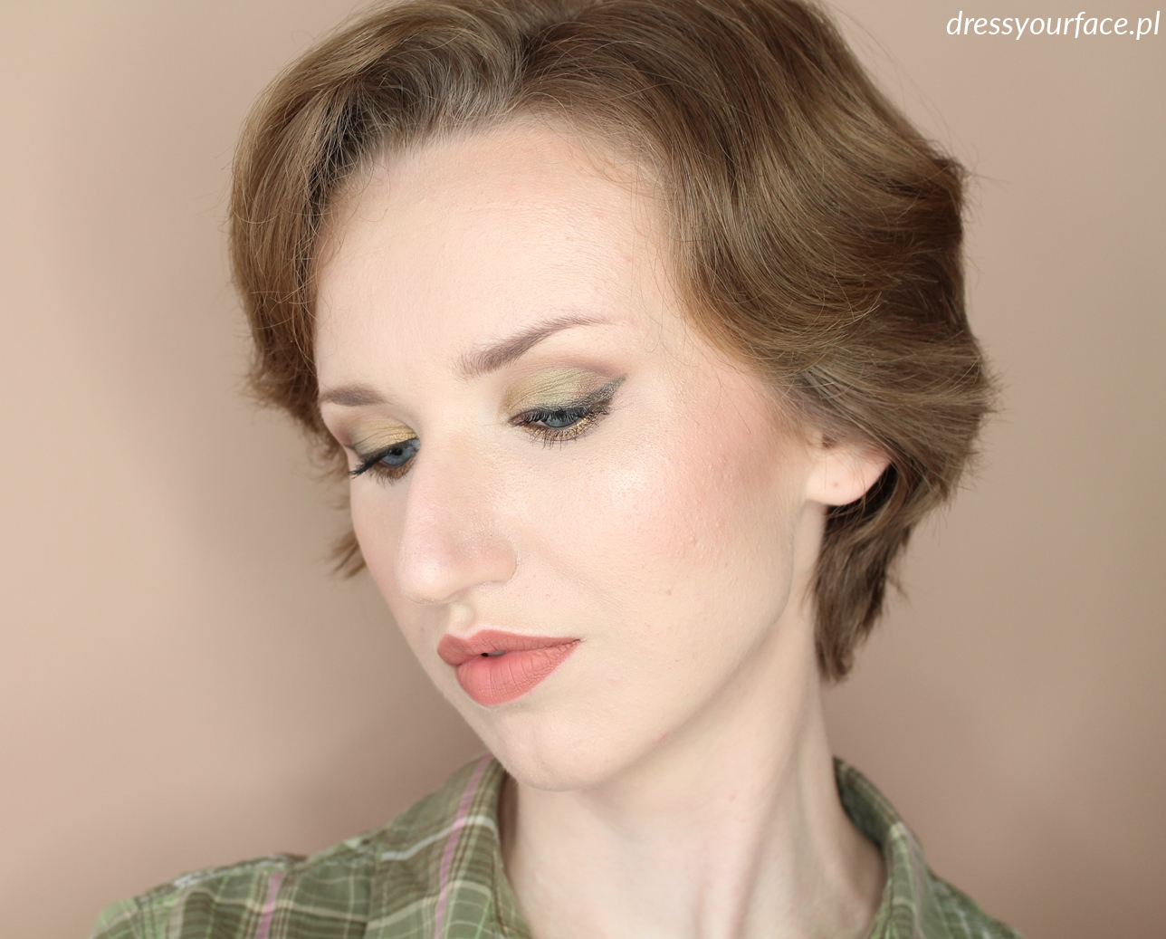 makijaż_khaki_dressyourface