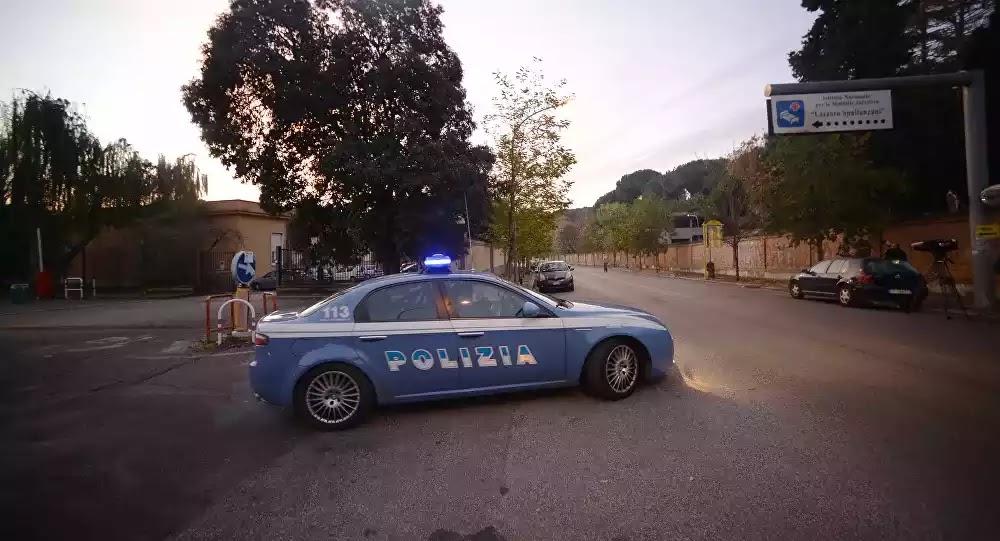 «Θέλουμε να φάμε»: Στη Σικελία άρχισε το πλιάτσικο, αρματωμένοι αστυνομικοί στα σούπερ μάρκετ