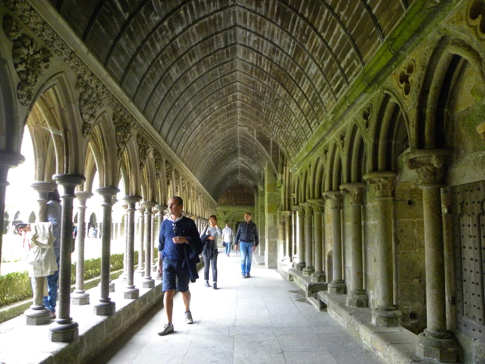 mont-saint-michel-abadia