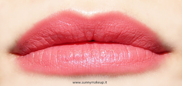 Swatch sulle labbra. Pupa - I'm Lipstick Limited Edition. 410 Strawberry Juice.