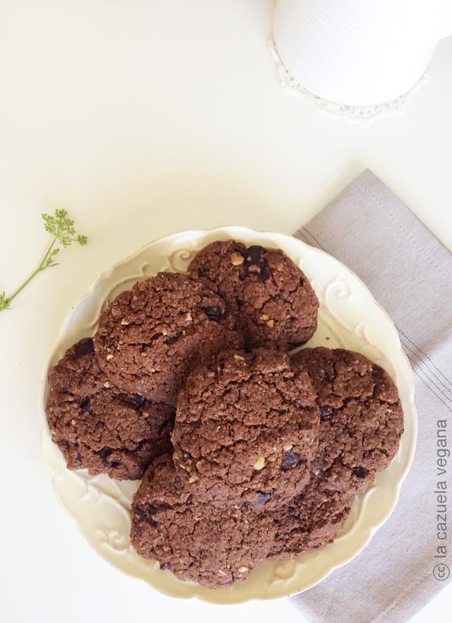 Galletas veganas de chocolate y cacahuete
