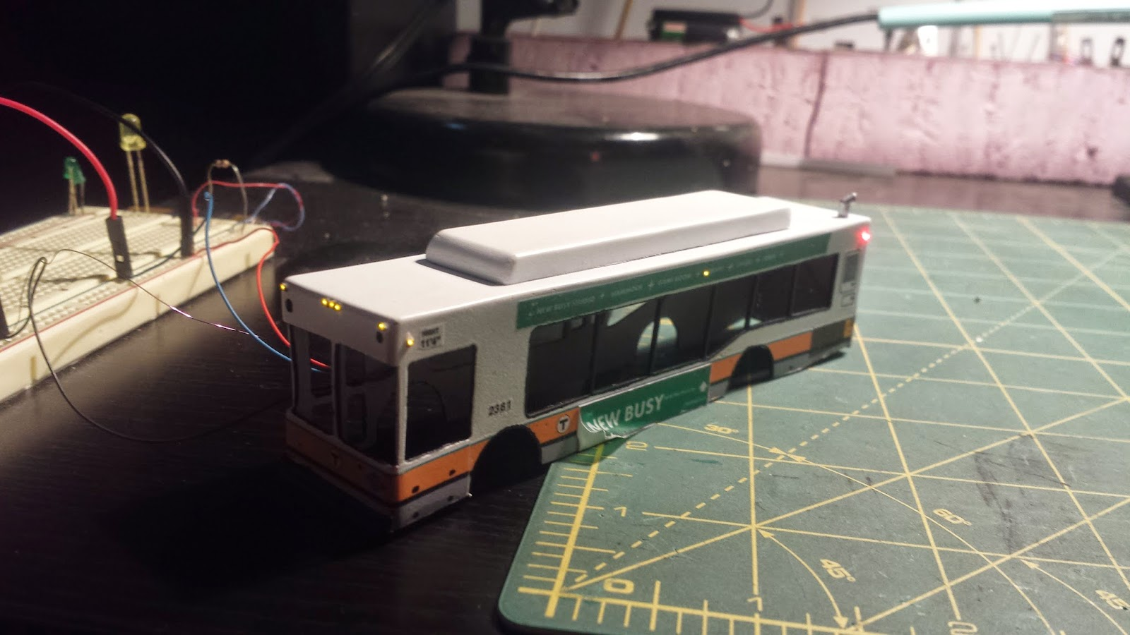 1:87 Automated Model Building: Boston MBTA Transit Bus