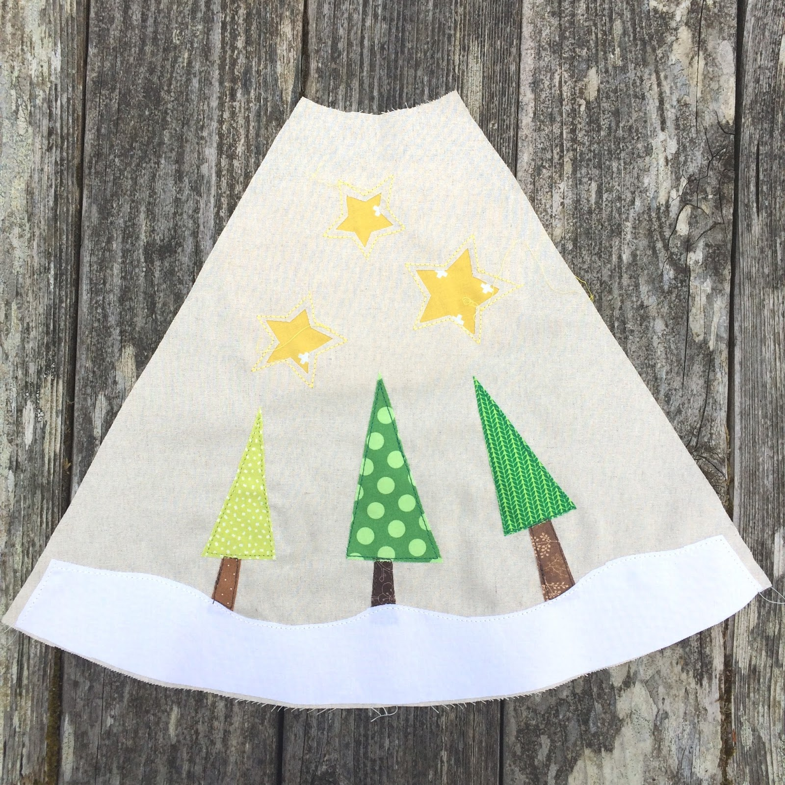 Fluffy Sheep Quilting: Christmas Tree Skirts