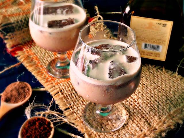 Crema de Tequila casera - lacocinadeleslie.com