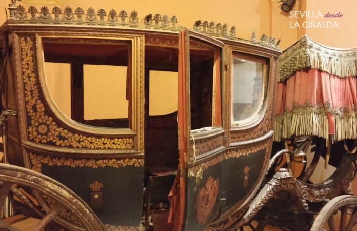 Carruaje expuesto en el Museo de los Carruajes de Sevilla