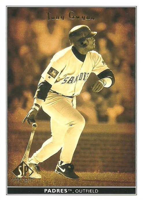 118917067e We finish off page 4 with a Product Preview of 1998 Topps Tek and a partial  Product Preview of 1998 Upper Deck Retro, which finishes on page 5.