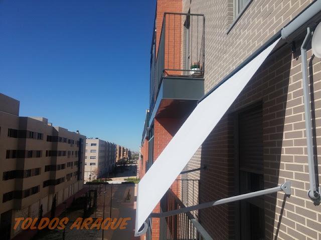 Empresa Toldos en Madrid toldos instaladores Araque Instalación de 4 toldos portada de cofre en Getafe - Madrid. Trabajos realizados