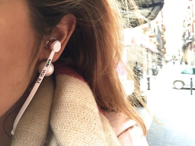 chloeschlothes-écouteurs