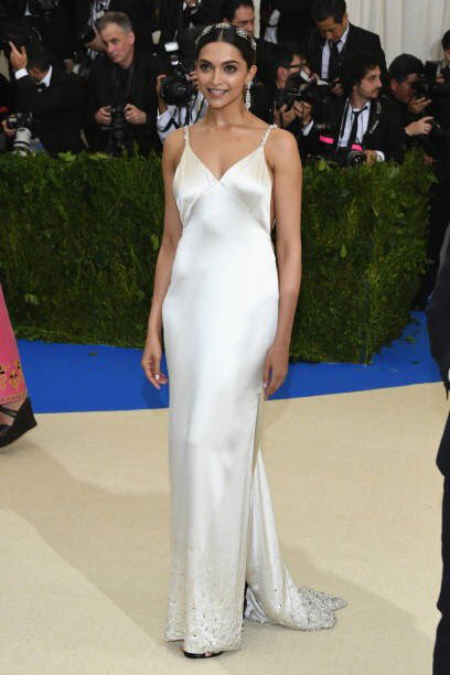 The beautifuldeepika padukone at the MET Gala 7 (1)