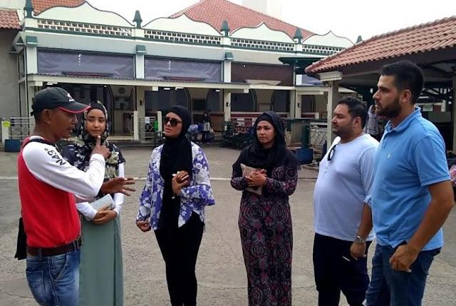 Muslim Australia: Tak Ada Larangan Cadar di Kampus