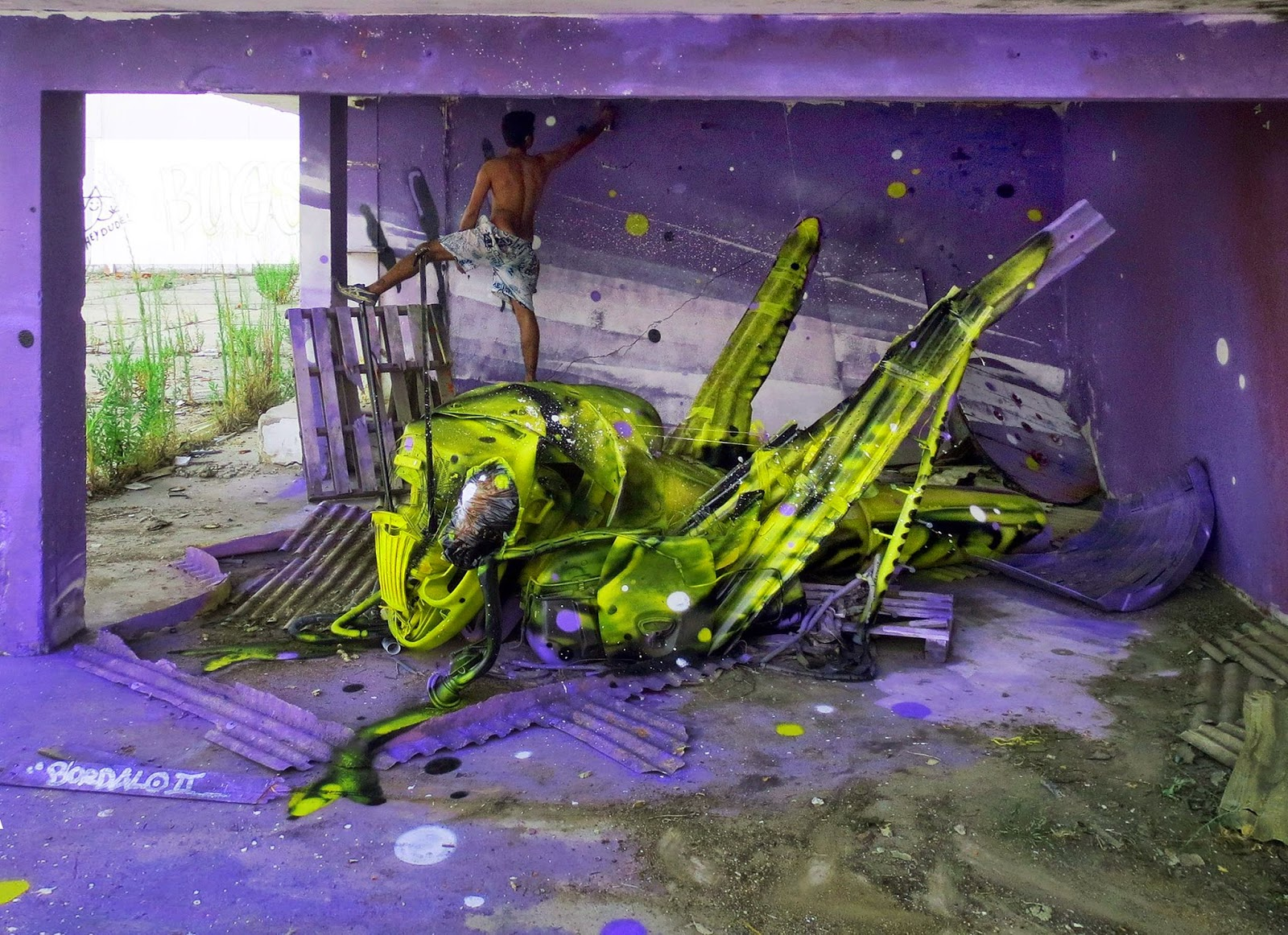 "Our friend Bordalo II just wrapped up this sick new installation entitled ""Space Grasshopper"" somewhere on the streets of his hometown, Lisbon in Portugal."