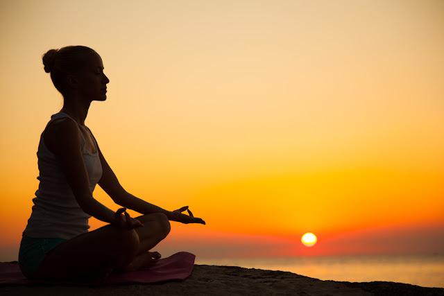 vipassana meditation ke fayedhe, meditation benefits, meditation benefits in hindi,meditation ke labh in hindi