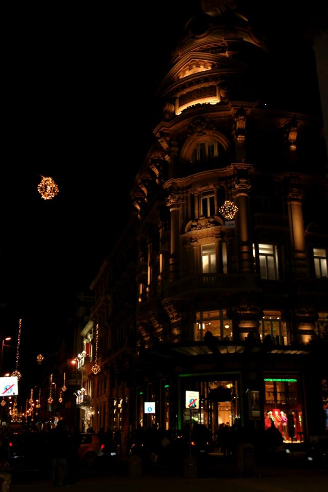 palazzo Minguzzi, palazzo, negozio, strada, Natale, Bari, luminarie