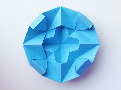 Origami Stella dodecagonale, retro - Dodecagonal Star, back, Francesco Guarnieri