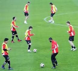 Pengertian Dan Cara Melakukan Beberapa Jenis Teknik Dasar Passing Sepak Bola