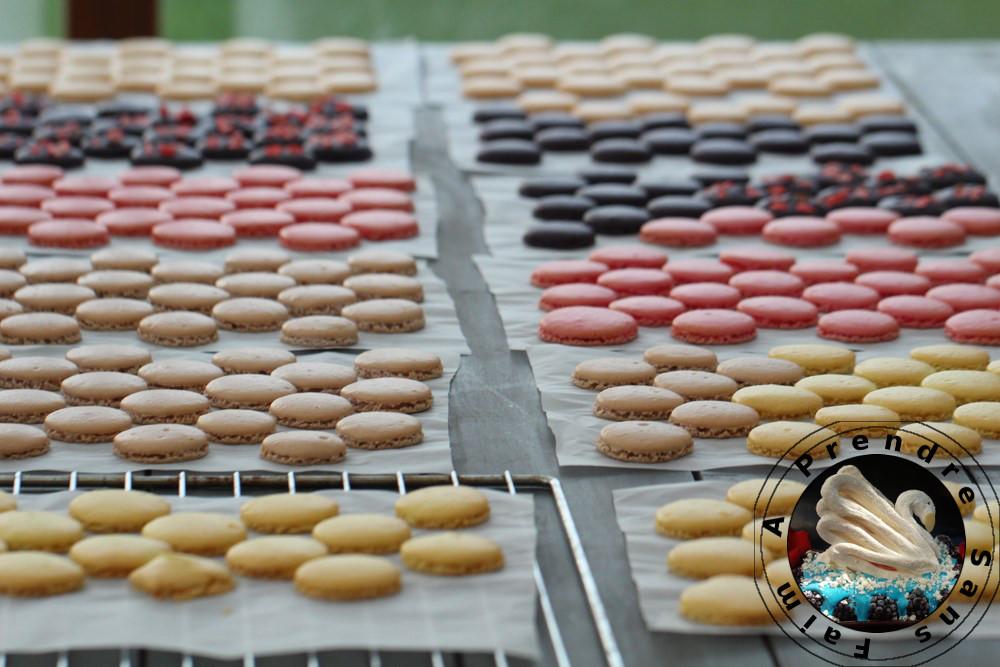 Coques de macarons à la meringue française