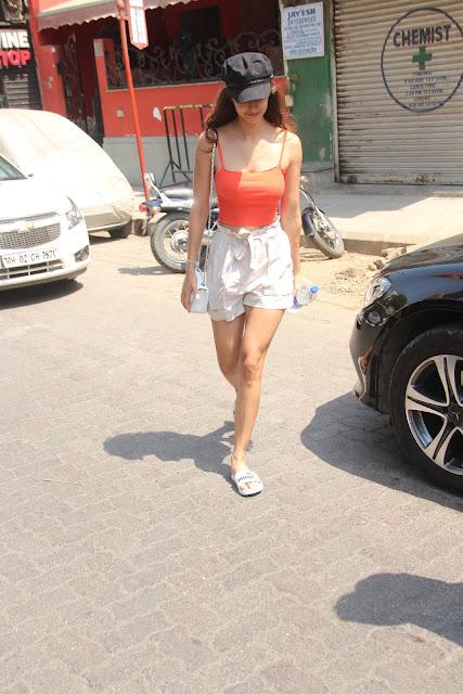 Disha Patani Shows Off her Summer Body