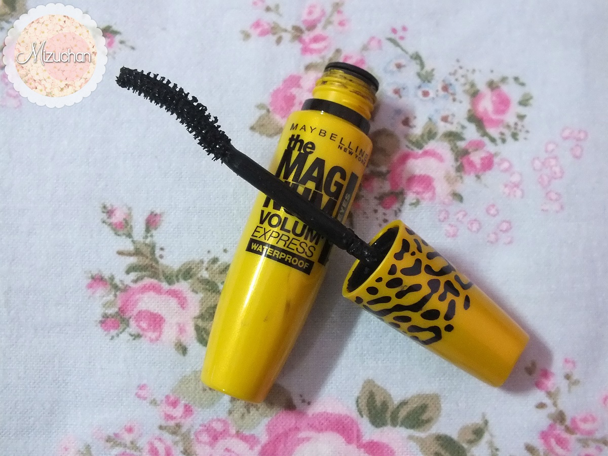 Mizuchan Review Maybelline The Magnum Volum Express Barbie Mascara Waterproof Ive Seen Some Good Reviews On This And Decided To Try It Out D Pssti Bought At Same With My Shockara Hehe