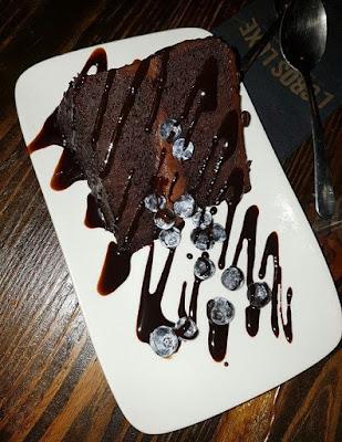 L'Gros Luxe Vegan Chocolate Cake
