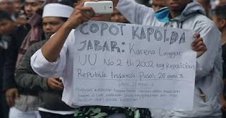 DPR : Kalau Mau Jadi Pimpinan Ormas, Berhenti dari Kapolda