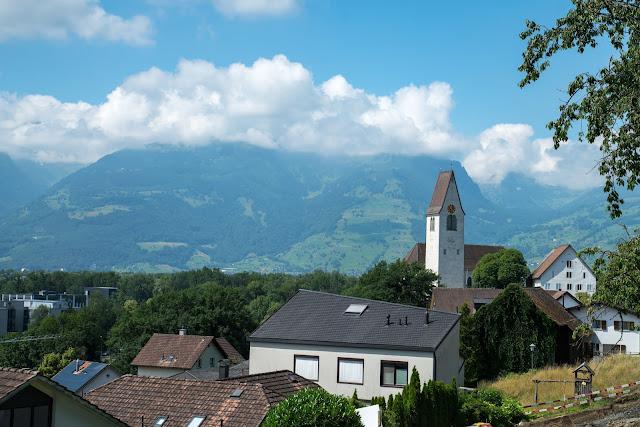Historische Höhenweg von Bendern nach Schellenberg  Wandern Liechtenstein 05