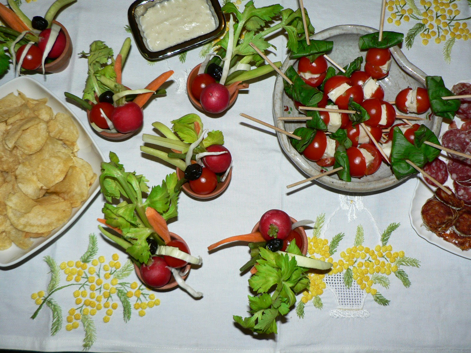 une parisienne cuisine mini brochettes tomates et gorgonzola. Black Bedroom Furniture Sets. Home Design Ideas