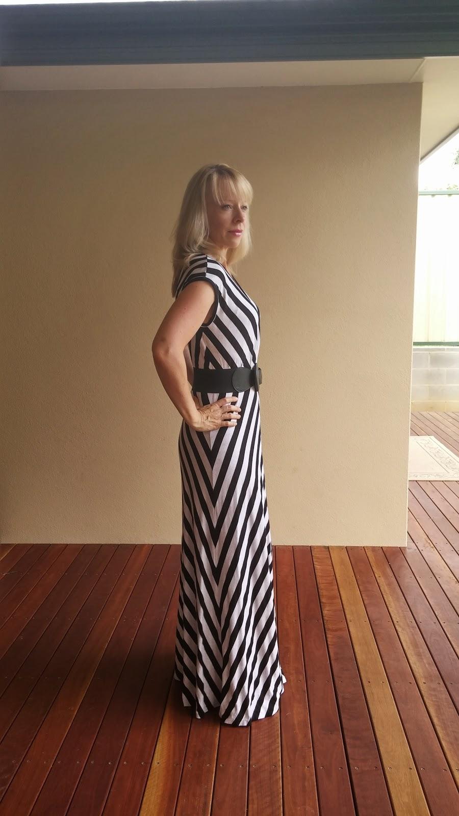 Vogue 1027 with quarter circle skirt maxi skirt